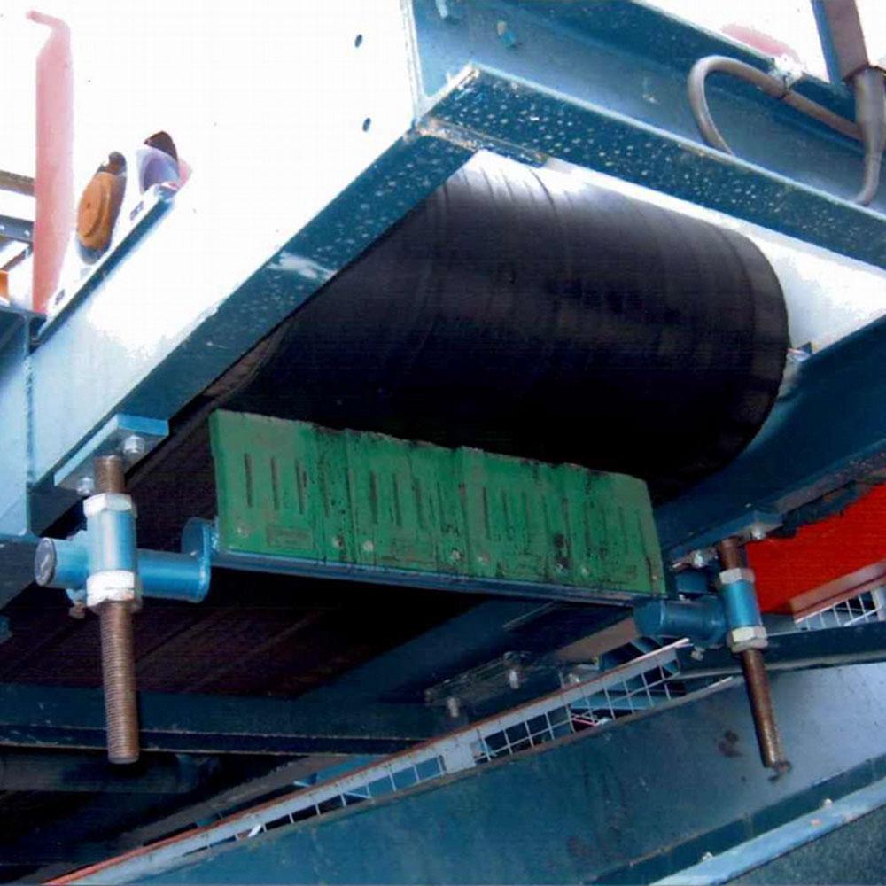 Series 2000 Flat Belt Scraper
